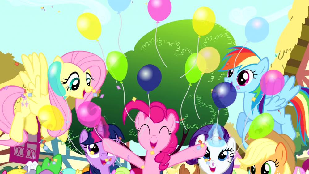 Pinkie_Pie_throwing_balloons_S4E12.thumb.png.27bebf5c19481908f2982adb4619d8d2.png