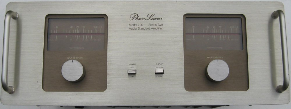 Phase Linear 700II Front Panel.JPG